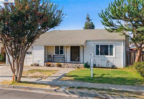 Photo of 24675 Joanne St, HAYWARD, CA 94544 (MLS # 40918814)