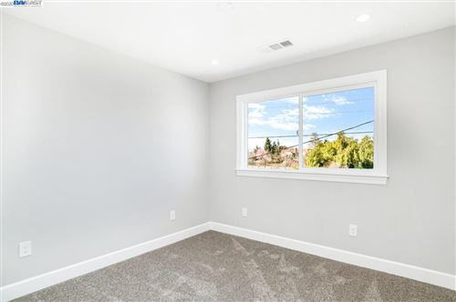 Tiny photo for 1377 Lillian St, LIVERMORE, CA 94550 (MLS # 40896815)
