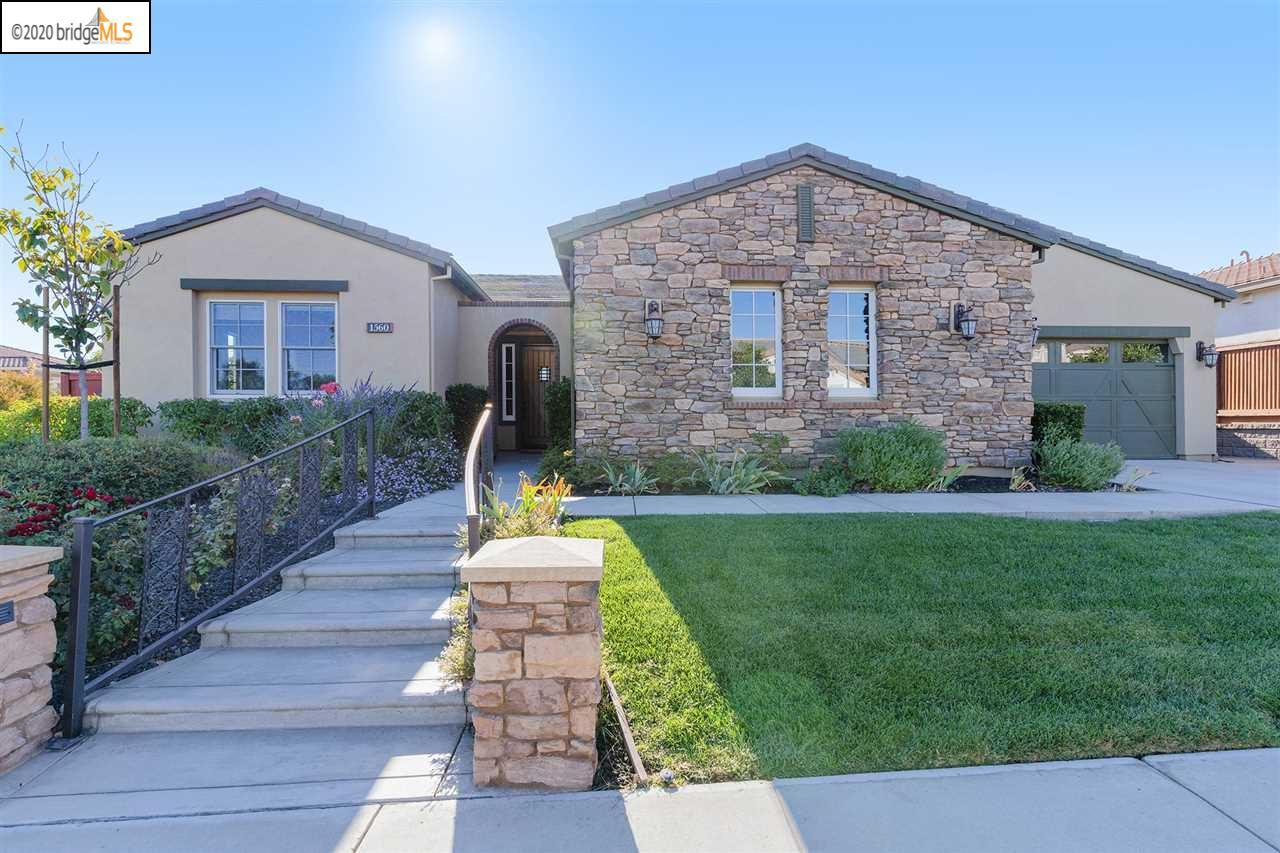 Photo of 1560 California Trail, BRENTWOOD, CA 94513 (MLS # 40925815)