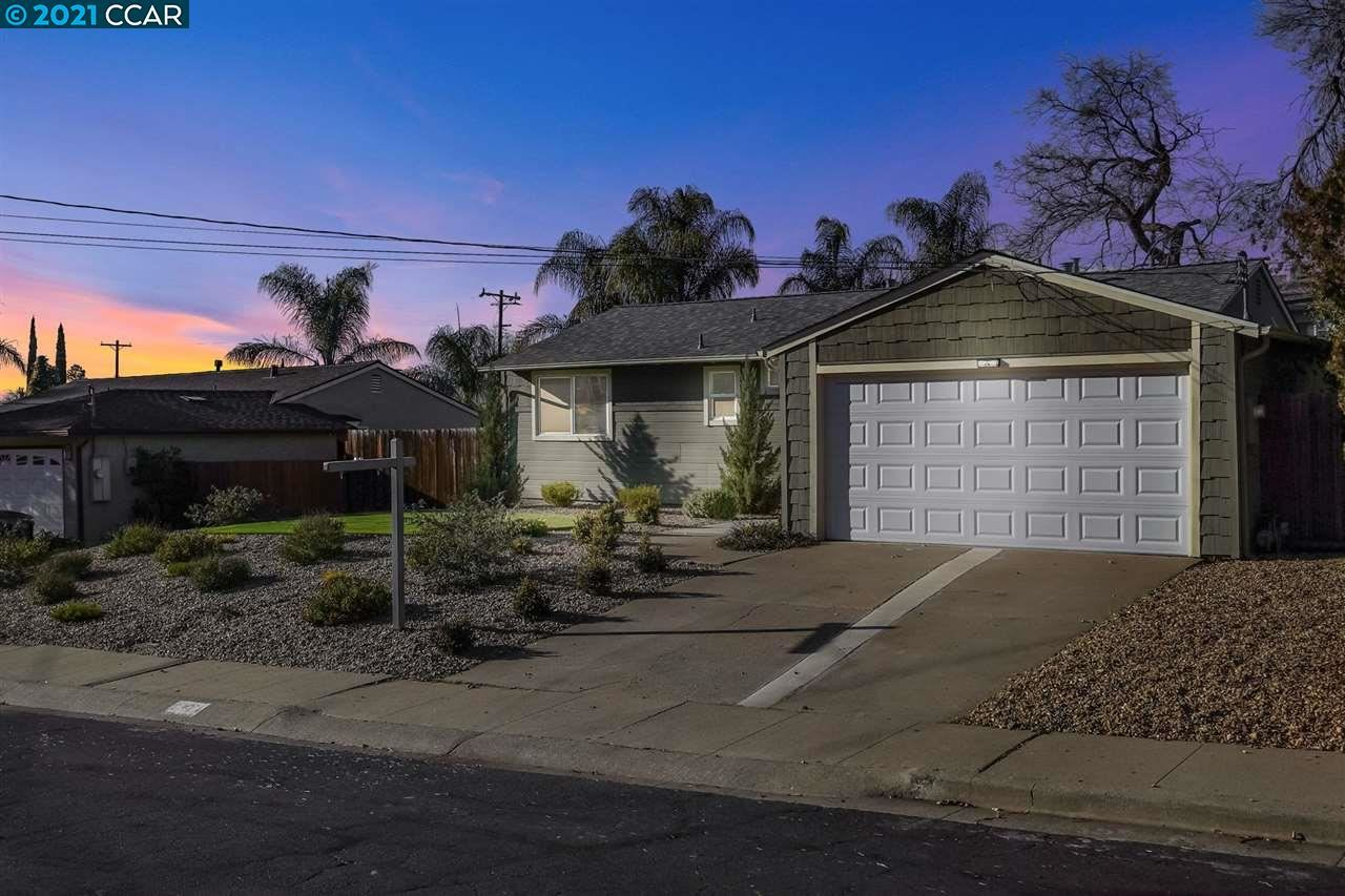Photo for 2424 Erie Dr, CONCORD, CA 94519 (MLS # 40933815)