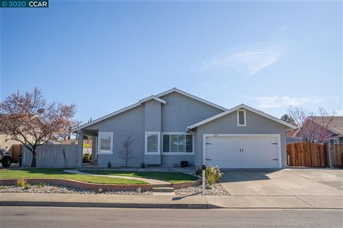 Photo of 323 Quartz Cir, LIVERMORE, CA 94550 (MLS # 40896816)