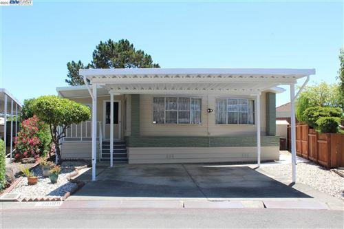 Photo of 29199 Delgado Rd, HAYWARD, CA 94544 (MLS # 40957816)