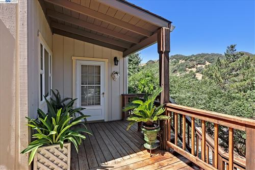 Photo of 7977 Norris Canyon Rd, CASTRO VALLEY, CA 94552 (MLS # 40962816)
