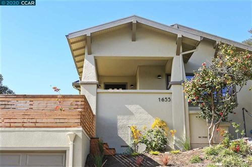 Photo of 1655 Vista St, OAKLAND, CA 94602 (MLS # 40896817)