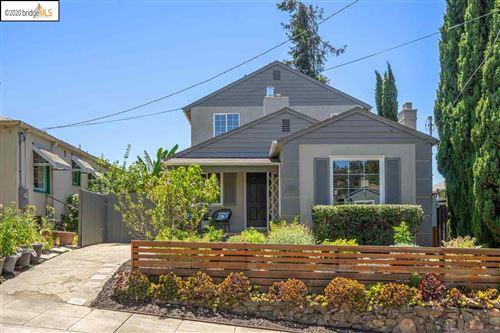Photo of 2407 Carmel Street, OAKLAND, CA 94602-3013 (MLS # 40910818)