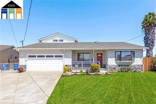 Photo of 5285 Ervin Ct, NEWARK, CA 94560 (MLS # 40907819)