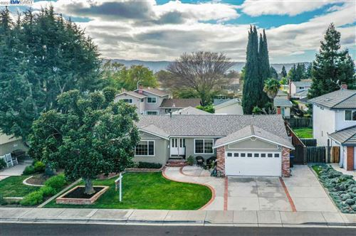 Photo of 3244 Royalton Ct, PLEASANTON, CA 94588 (MLS # 40939821)