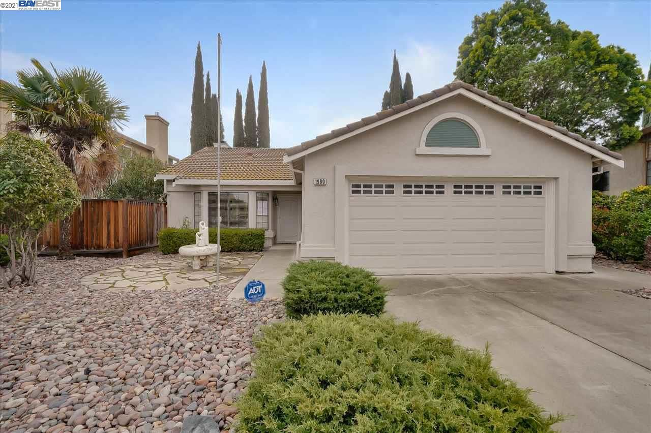 Photo for 1980 Plum Ln, TRACY, CA 95376 (MLS # 40932821)