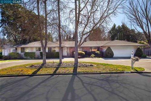 Photo of 1555 Via Romero, ALAMO, CA 94507-1527 (MLS # 40896822)