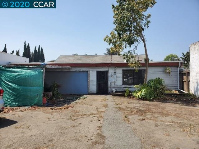 Photo of 362 Parker Ave, RODEO, CA 94572 (MLS # 40918823)