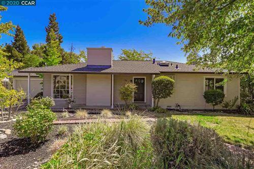 Photo of 1958 Pleasant Hill Rd, PLEASANT HILL, CA 94523 (MLS # 40914824)