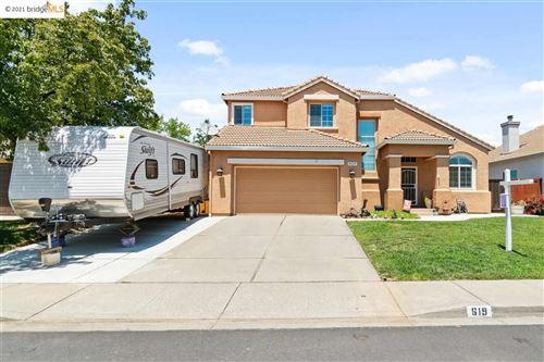 Photo of 619 Edenderry Dr, VACAVILLE, CA 95688 (MLS # 40955824)