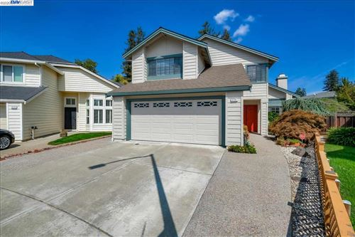 Photo of 3724 Greenhills Ave, CASTRO VALLEY, CA 94546 (MLS # 40922825)