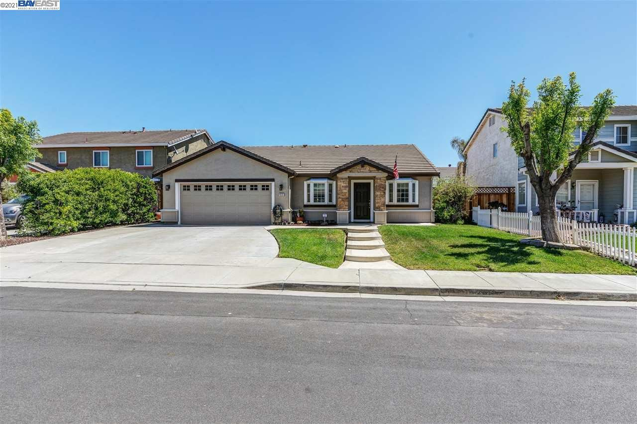 Photo of 4028 NAUTICAL CT, DISCOVERY BAY, CA 94505 (MLS # 40947825)