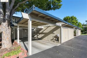Photo of 464 Holiday Hills Dr, MARTINEZ, CA 94553 (MLS # 40881826)
