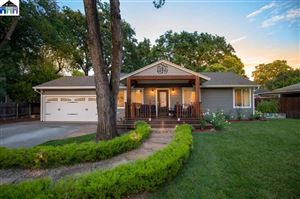 Photo of 524 Shelly Drive, PLEASANT HILL, CA 94523 (MLS # 40872827)