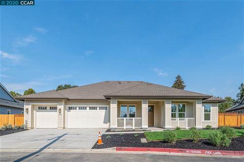 Photo of 20 Olivia Lane, CONCORD, CA 94521 (MLS # 40883827)