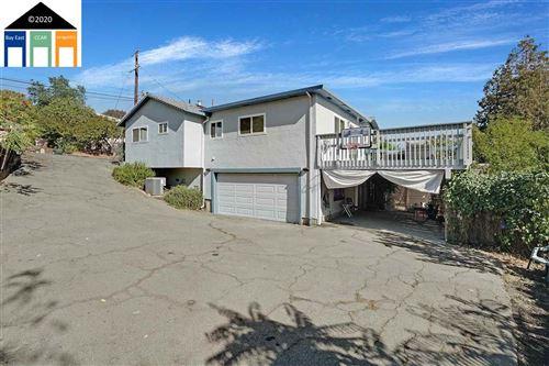 Photo of 2430 Leslie Avenue, MARTINEZ, CA 94553 (MLS # 40926828)