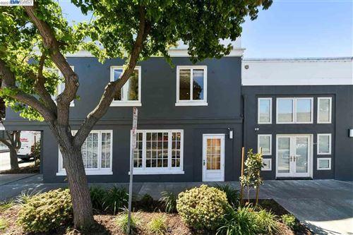 Photo of 4300 HORTON STREET #Loft Suite 14, EMERYVILLE, CA 94608 (MLS # 40953828)