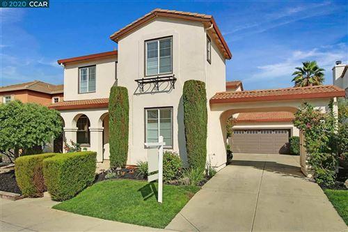 Photo of 1212 Oak Knoll Dr, CONCORD, CA 94521 (MLS # 40921831)