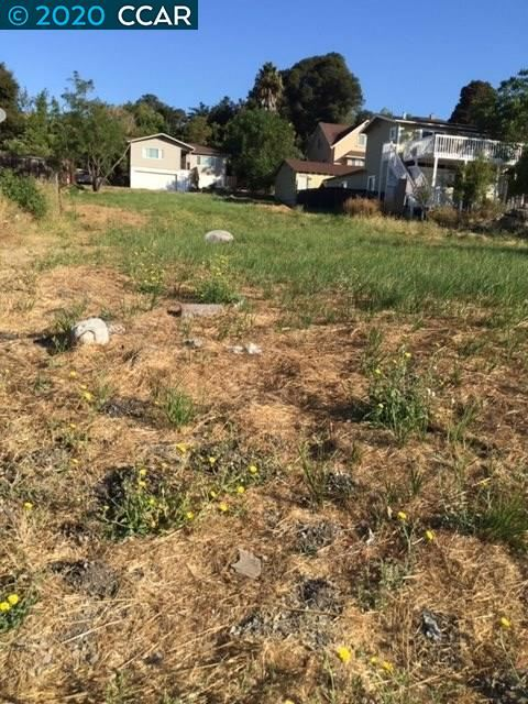 Photo of Appian Way, EL SOBRANTE, CA 94803 (MLS # 40906832)