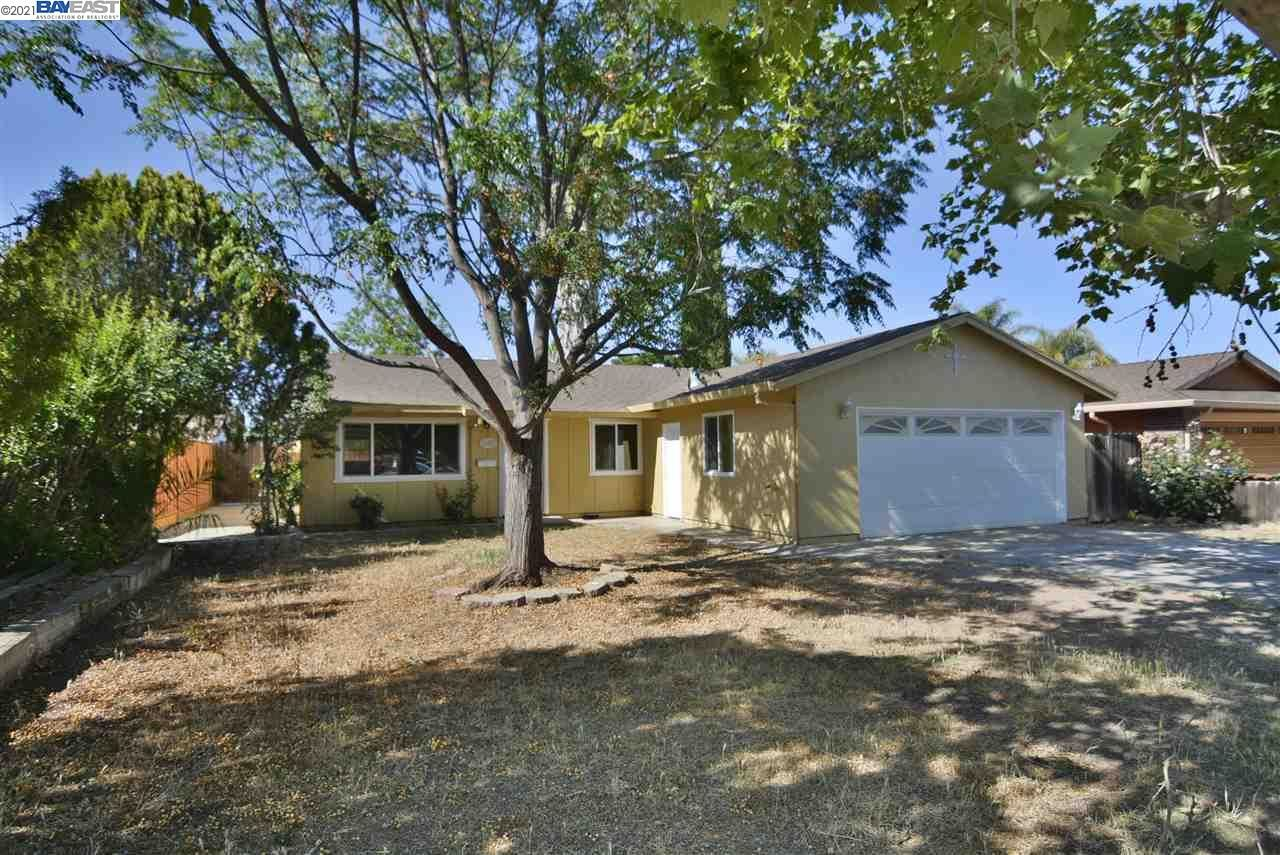 Photo of 1251 Dainty Ave, BRENTWOOD, CA 94513 (MLS # 40948834)