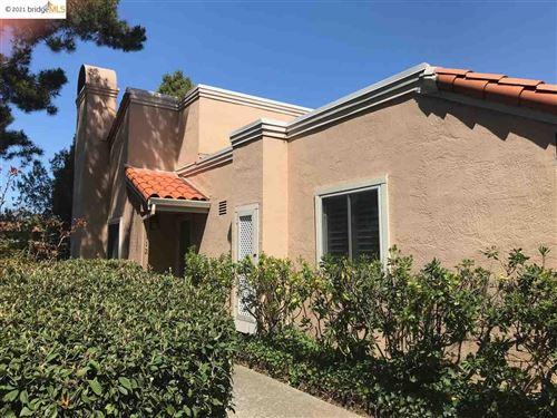 Photo of 112 Via Joaquin, MORAGA, CA 94556 (MLS # 40934835)