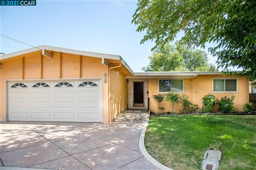 Photo of 2712 Edward Ave, CONCORD, CA 94520 (MLS # 40959838)