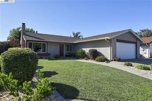 Photo of 4215 Raindeer Rd, FREMONT, CA 94555 (MLS # 40915839)