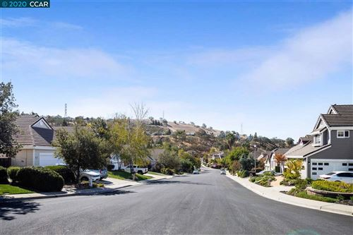 Tiny photo for 110 Crow Pl, CLAYTON, CA 94517 (MLS # 40925839)