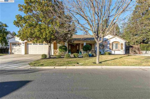 Photo of 2574 Bess Ave, LIVERMORE, CA 94550 (MLS # 40934839)