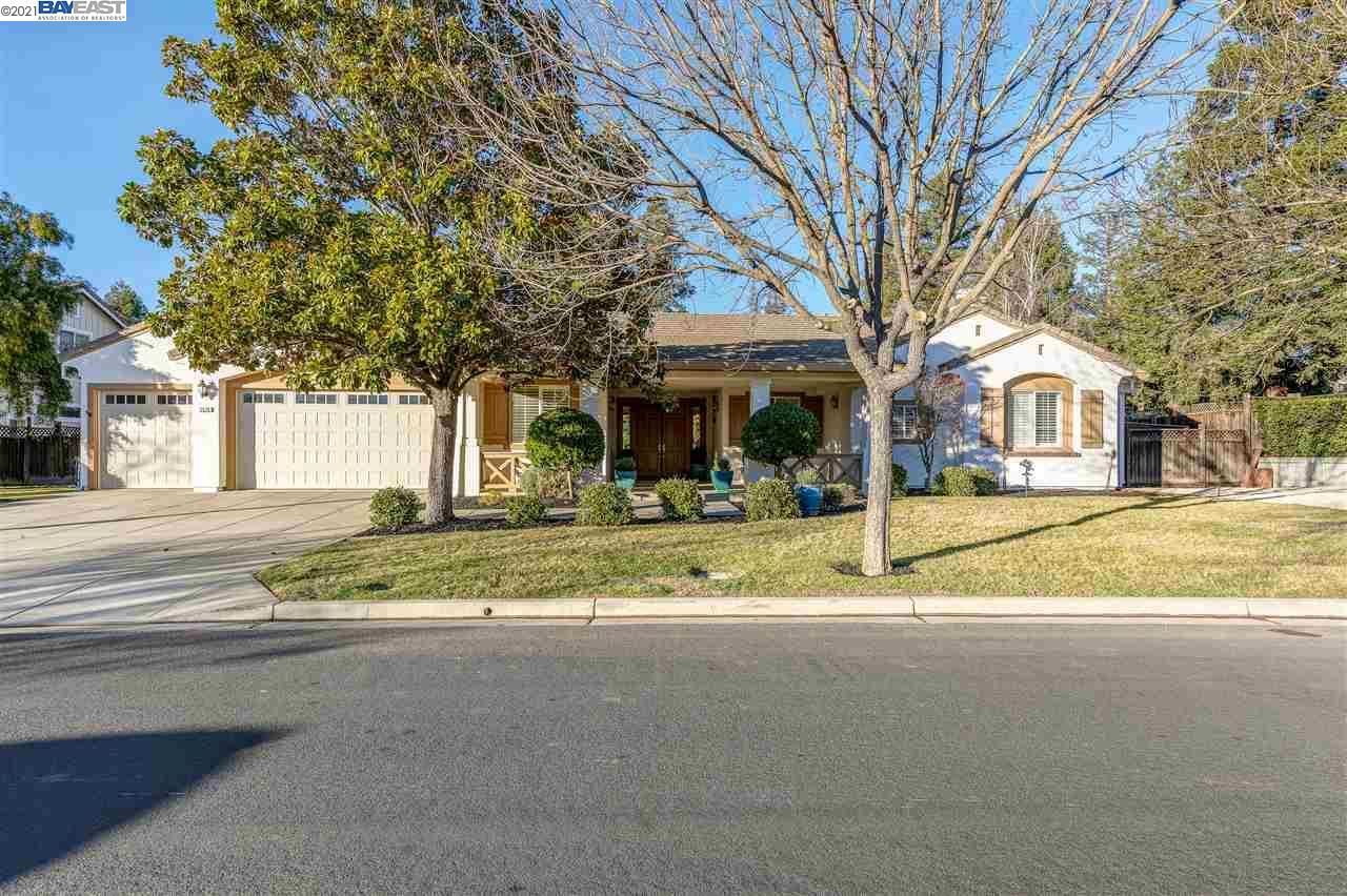 Photo for 2574 Bess Ave, LIVERMORE, CA 94550 (MLS # 40934839)