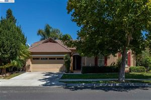 Photo of 118 Panorama Way, BRENTWOOD, CA 94513 (MLS # 40878840)