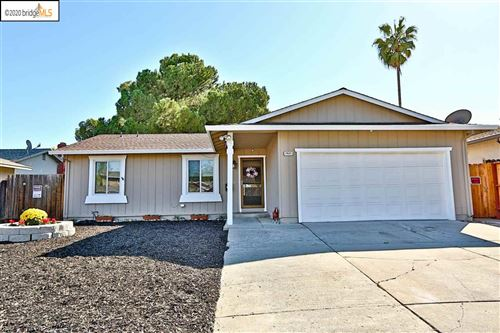 Photo of 2925 Carmona Way, ANTIOCH, CA 94509 (MLS # 40926841)