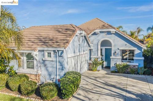 Photo of 1047 Warhol Way, OAKLEY, CA 94561-1787 (MLS # 40934847)