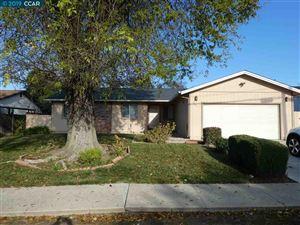Photo of 934 Bancroft Rd, CONCORD, CA 94518 (MLS # 40849849)
