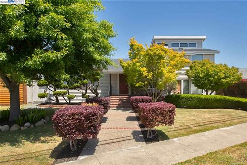 Photo of 133 Mecartney Rd, ALAMEDA, CA 94502 (MLS # 40905849)