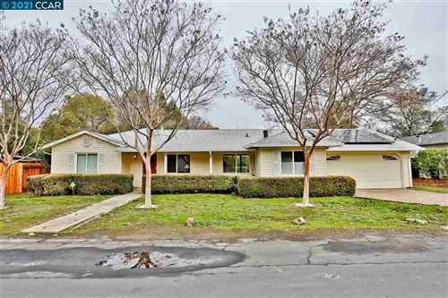 Photo of 3327 Cowell Rd, CONCORD, CA 94518 (MLS # 40934849)