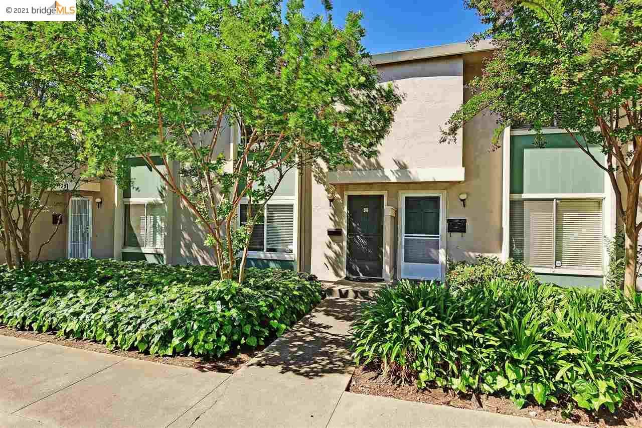 Photo of 1281 Pine creek way #C, CONCORD, CA 94520-3630 (MLS # 40948851)
