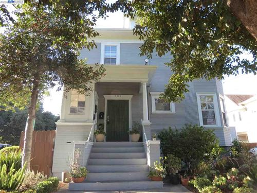 Photo of 403 37Th St, OAKLAND, CA 94609 (MLS # 40925852)