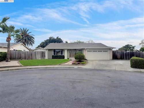 Photo of 35751 Caxton Pl, FREMONT, CA 94536 (MLS # 40899855)