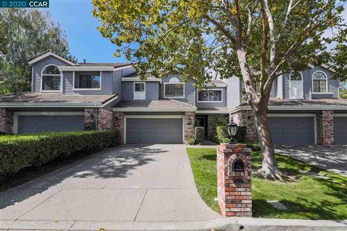 Photo of 102 Kingswood Cir, DANVILLE, CA 94506 (MLS # 40920855)