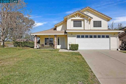 Photo of 2190 Chicory Dr, OAKLEY, CA 94561 (MLS # 40939857)