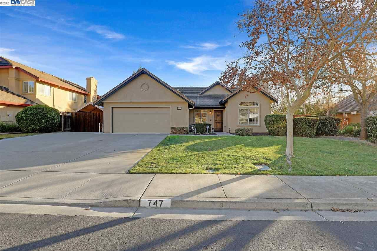 Photo for 747 Cottonwood Ct, LIVERMORE, CA 94551 (MLS # 40934857)