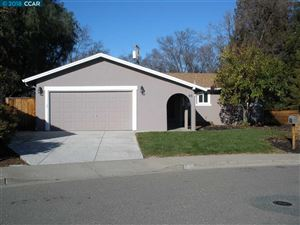 Photo of 66 Marquette Ct, CLAYTON, CA 94517 (MLS # 40826859)