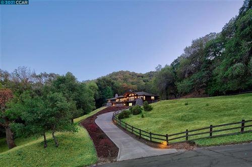 Photo of 13 Hilferd Way, Danville, CA 94526 (MLS # 40969859)