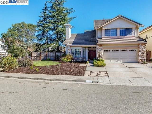 Photo for 20930 Elbridge Ct, CASTRO VALLEY, CA 94552 (MLS # 40925859)