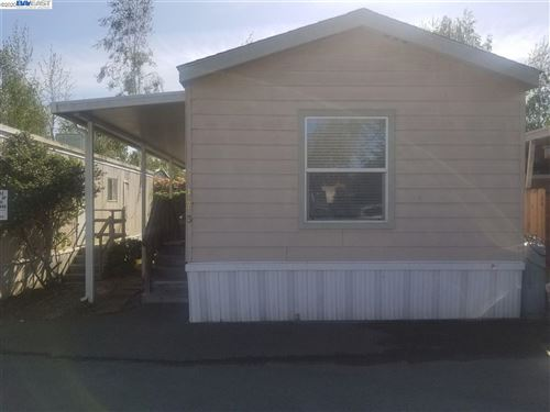 Photo of 2399 E.14th #173, SAN LEANDRO, CA 94577 (MLS # 40900860)