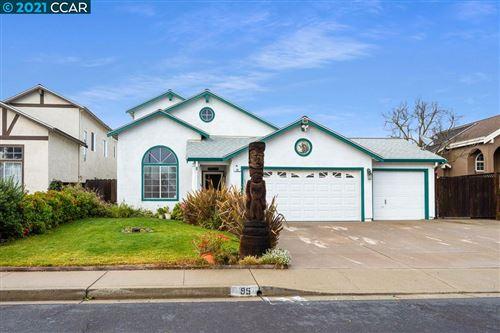 Photo of 95 Cresta Blanca Ct, OAKLEY, CA 94561 (MLS # 40938862)