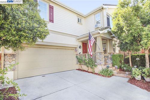 Photo of 59 Riverstone Cmn, LIVERMORE, CA 94550 (MLS # 40910864)